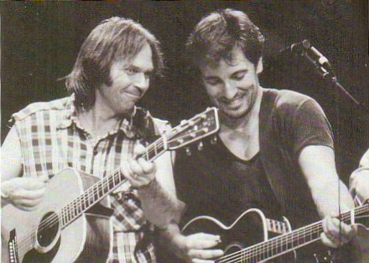bruce-springsteen-neil-young-bridge-oct-1986.jpg