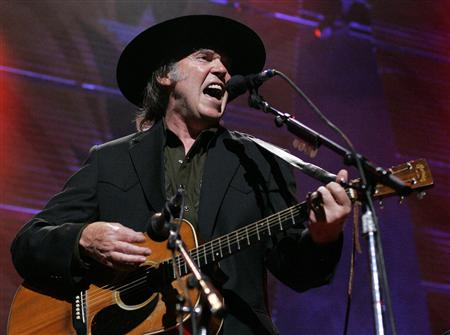 farm-aid-2005-neil-young-john-gress.jpg