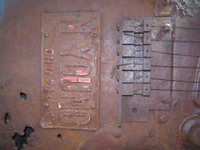 rust-guitar-plate-cu.jpg